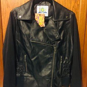 { GAZOZ }    Women's Jacket